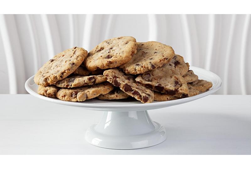 Collin Street Bakery Chocolate Chip Cookies Display Tray Hero