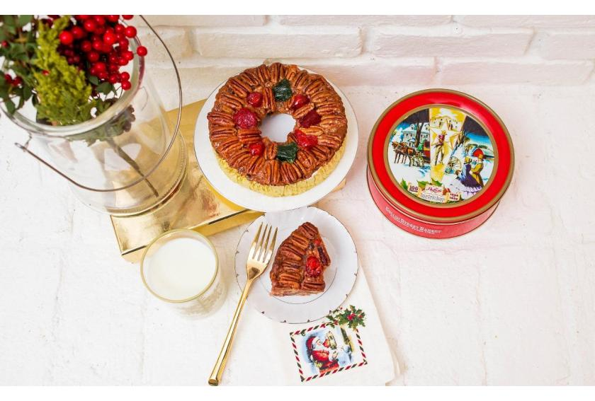 DeLuxe Fruitcake on Fireplace Ledge for Santa preview