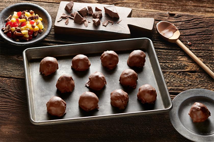 Milk Chocolate DeLuxe® Fruitcake Petites